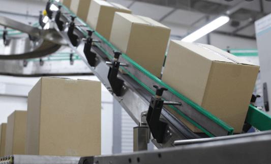Load on conveyor belt